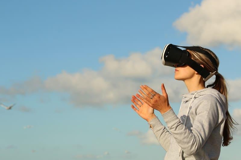 Okulary VR, czyli jak w ułamku sekundy przenieść się do innej rzeczywistości (uwaga, uzależnia!)